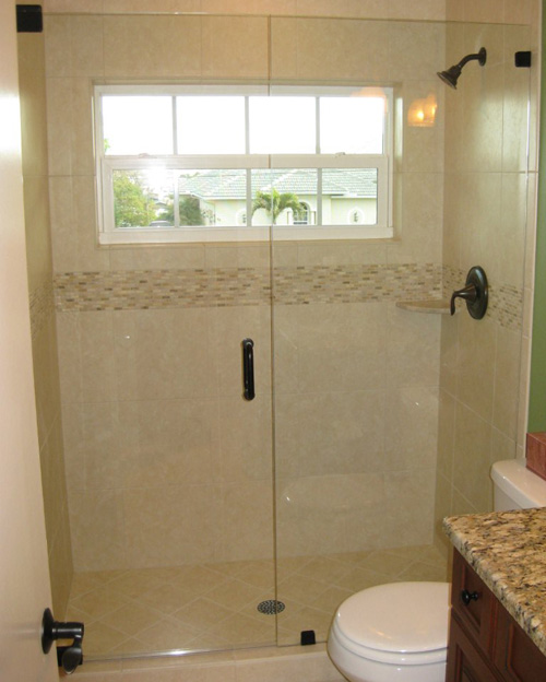 Paradise Glass and Mirror offers Shower Doors in Marco Island