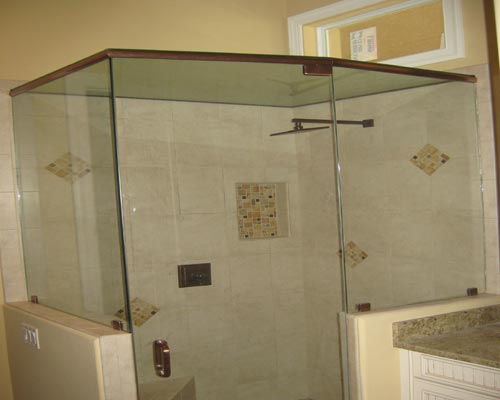 Paradise Glass and Mirror offers steam showers in Naples, FL