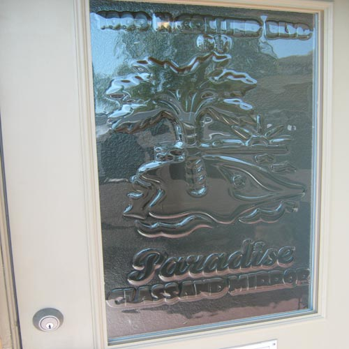 Paradise Glass and Mirror offers Uro-Glass and Mirrors in Port Royal, FL