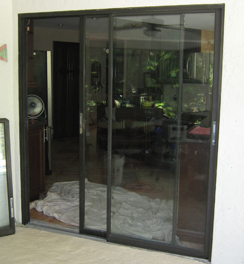 Paradise Glass and Mirror offers Window Replacement in Port Royal, FL